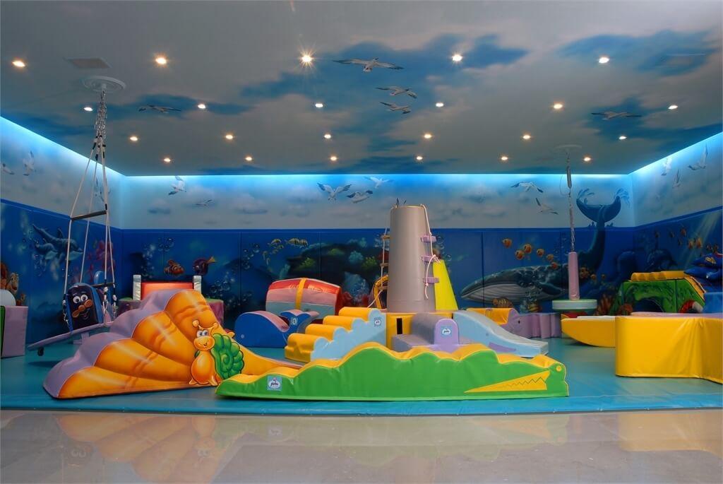 עיצוב בית יוקרתי בשוהם חדר משחקים לילדים