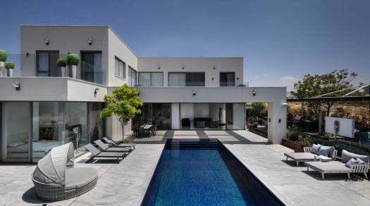 דו קומתי קו ראשון לים אשקלון אדריכלות