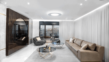 סלון מושלם לאחר עיצוב פנים של קינן אדריכלים